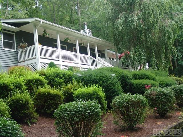 375 Grandaddy Still Road, Scaly Mountain, NC 28775 (MLS #86804) :: Berkshire Hathaway HomeServices Meadows Mountain Realty