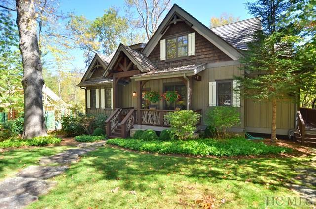 28 Hemlock Ridge, Highlands, NC 28741 (MLS #87082) :: Berkshire Hathaway HomeServices Meadows Mountain Realty