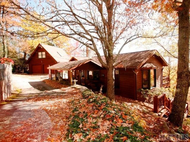 1451 Big Bear Pen, Highlands, NC 28741 (MLS #87102) :: Berkshire Hathaway HomeServices Meadows Mountain Realty