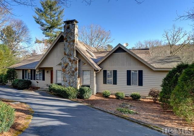 45 Pipers Court, Highlands, NC 28741 (MLS #87314) :: Berkshire Hathaway HomeServices Meadows Mountain Realty