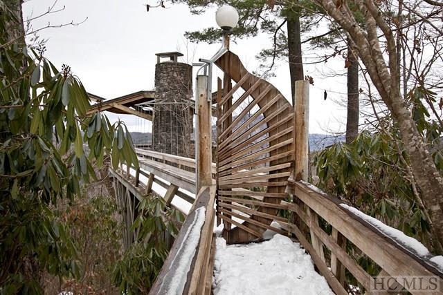 1601 Big Bear Pen Road, Highlands, NC 28741 (MLS #87326) :: Berkshire Hathaway HomeServices Meadows Mountain Realty