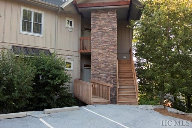 125D Napa Ridge Lane 125D, Highlands, NC 28741 (MLS #87390) :: Berkshire Hathaway HomeServices Meadows Mountain Realty