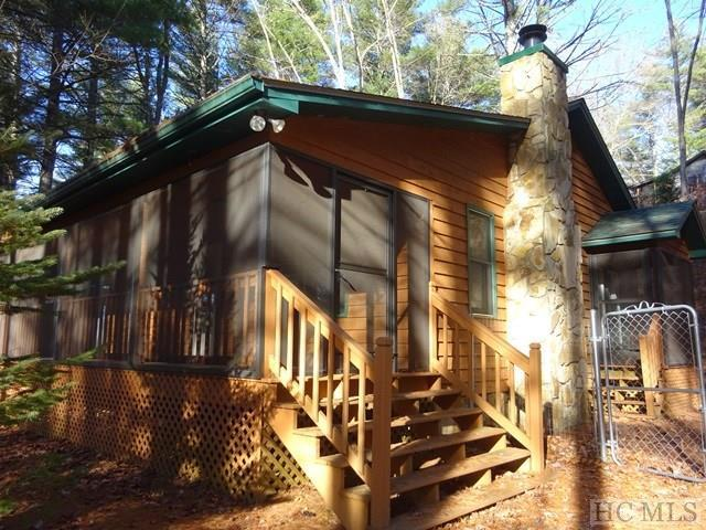 230 Buck Falls Road, Highlands, NC 28741 (MLS #87417) :: Berkshire Hathaway HomeServices Meadows Mountain Realty