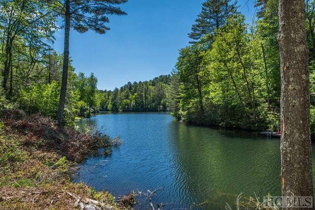143 Golden Mist Court, Sapphire, NC 28774 (MLS #87420) :: Berkshire Hathaway HomeServices Meadows Mountain Realty