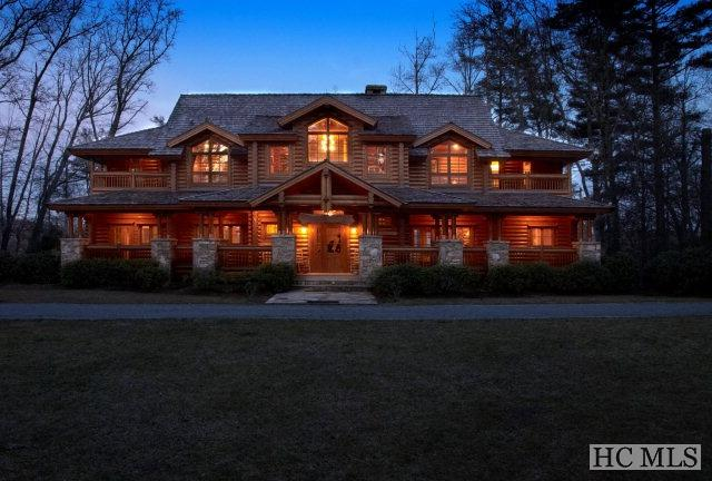 434 Lake Sequoyah Drive, Highlands, NC 28741 (MLS #87464) :: Lake Toxaway Realty Co