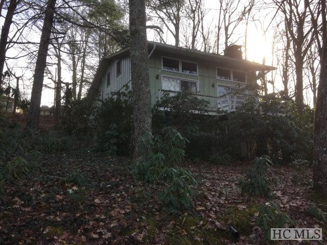 294 Crowe Drive, Highlands, NC 28741 (MLS #87496) :: Lake Toxaway Realty Co