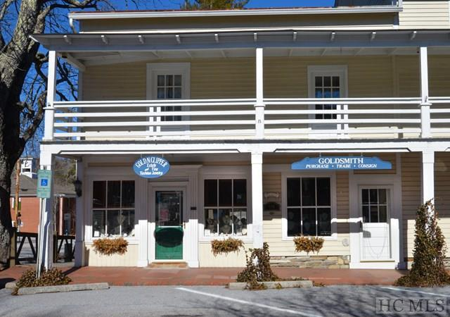 410 Main Street, Highlands, NC 28741 (MLS #87517) :: Lake Toxaway Realty Co