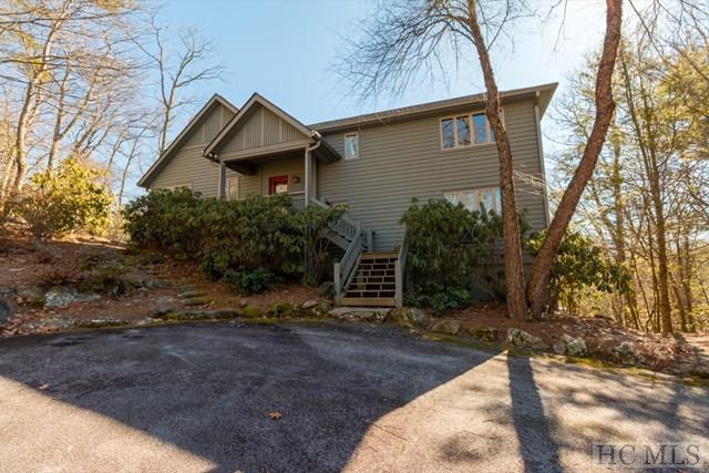 451 Divide Drive, Cashiers, NC 28717 (MLS #87523) :: Lake Toxaway Realty Co