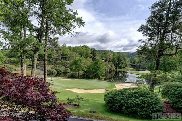 81 Lake Villa Court, Highlands, NC 28741 (MLS #87527) :: Berkshire Hathaway HomeServices Meadows Mountain Realty