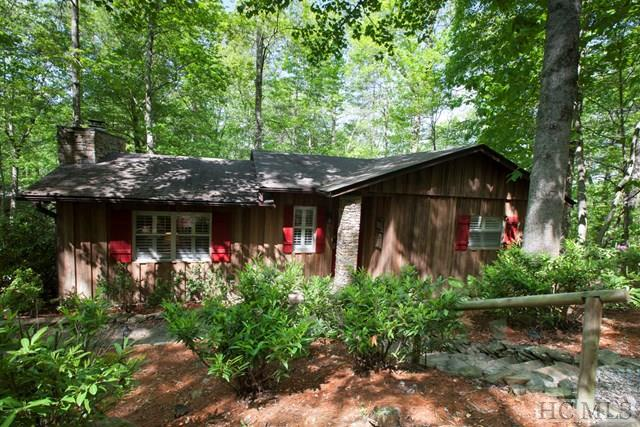 86 Dogwood Drive, Highlands, NC 28741 (MLS #87542) :: Berkshire Hathaway HomeServices Meadows Mountain Realty