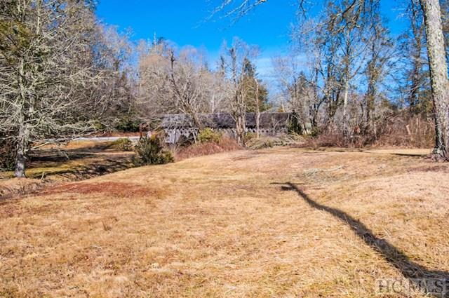 22 Oak Street, Highlands, NC 28741 (MLS #87666) :: Lake Toxaway Realty Co