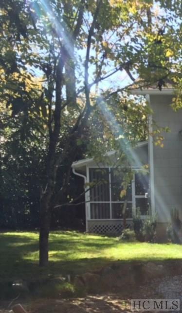549 Cullasaja Drive, Highlands, NC 28741 (MLS #87677) :: Lake Toxaway Realty Co
