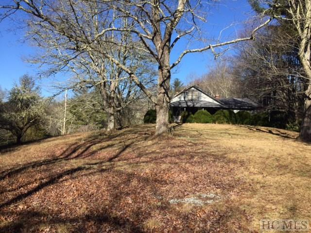 400 Cherrywood Drive, Highlands, NC 28741 (MLS #87764) :: Lake Toxaway Realty Co