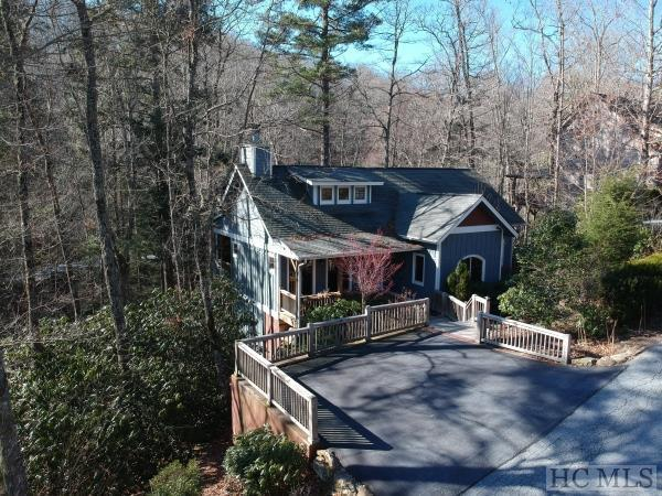111 Chapel Hill Road, Cashiers, NC 28717 (MLS #87784) :: Lake Toxaway Realty Co