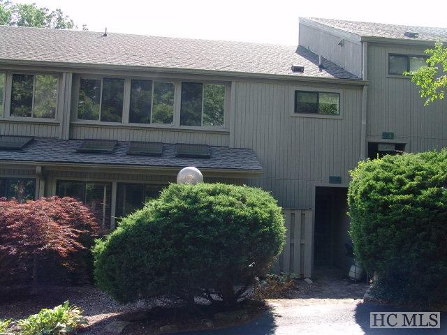 60 East Toxaway Shores #24, Lake Toxaway, NC 28747 (MLS #87862) :: Berkshire Hathaway HomeServices Meadows Mountain Realty