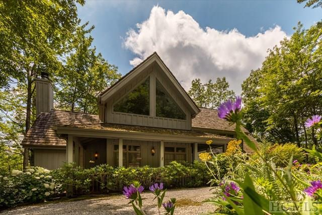 357 Wandering Ridge, Cashiers, NC 28717 (MLS #87934) :: Berkshire Hathaway HomeServices Meadows Mountain Realty