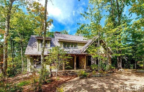 21 Bowline Court, Cashiers, NC 28717 (MLS #88120) :: Berkshire Hathaway HomeServices Meadows Mountain Realty