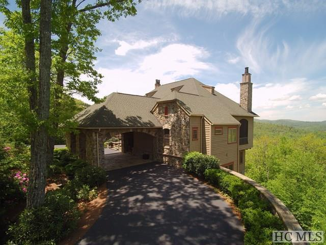 668 Old Wagon Trail, Highlands, NC 28741 (MLS #88140) :: Berkshire Hathaway HomeServices Meadows Mountain Realty