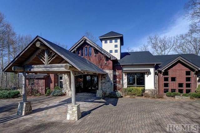 300 Upper Scenic Drive, Dillard, GA 30537 (MLS #88318) :: Lake Toxaway Realty Co