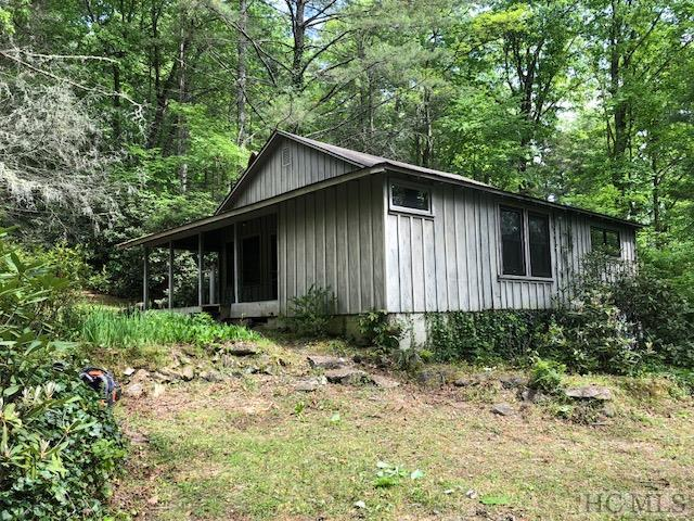 775 Whiteside Cove Road, Cashiers, NC 28717 (MLS #88453) :: Lake Toxaway Realty Co