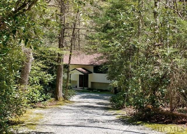 322 Satulah Ridge Road, Highlands, NC 28741 (MLS #88734) :: Berkshire Hathaway HomeServices Meadows Mountain Realty