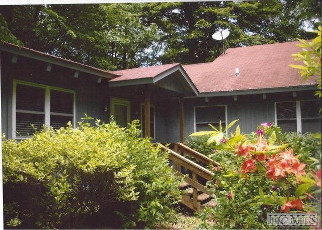 451 Moon Mountain Road, Highlands, NC 28741 (MLS #88874) :: Lake Toxaway Realty Co
