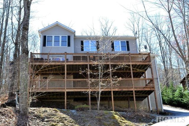 110 Kestrel Court, Sapphire, NC 28774 (MLS #88920) :: Berkshire Hathaway HomeServices Meadows Mountain Realty