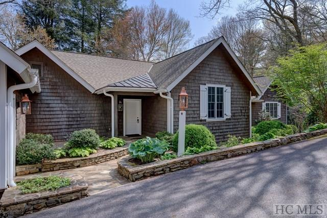 1250 Moorewood Road, Highlands, NC 28741 (MLS #89491) :: Berkshire Hathaway HomeServices Meadows Mountain Realty