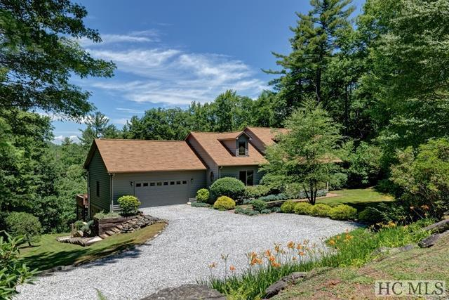 159 Divide Drive, Cashiers, NC 28717 (MLS #89552) :: Berkshire Hathaway HomeServices Meadows Mountain Realty