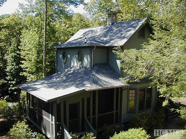 4 Woodhill Lane, Cashiers, NC 28717 (MLS #89740) :: Berkshire Hathaway HomeServices Meadows Mountain Realty