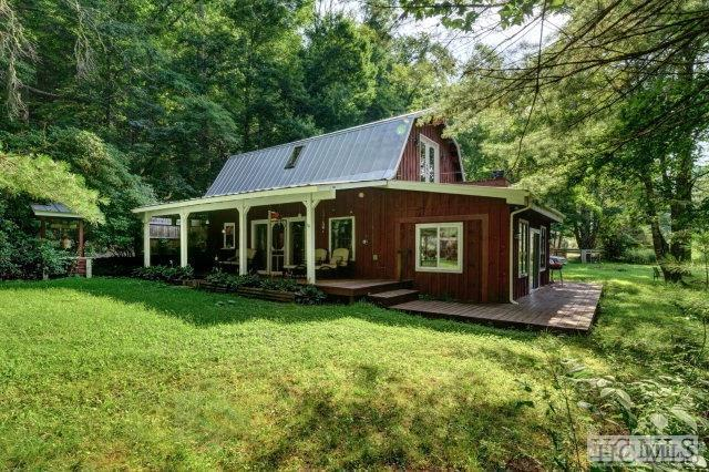6 Memory Lane, Cashiers, NC 28717 (MLS #89796) :: Berkshire Hathaway HomeServices Meadows Mountain Realty