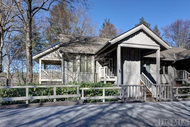 105 Chestnut Cove C, Highlands, NC 28741 (MLS #89991) :: Lake Toxaway Realty Co