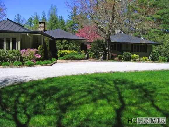 89 Carefree Circle, Sapphire, NC 28774 (MLS #91253) :: Landmark Realty Group