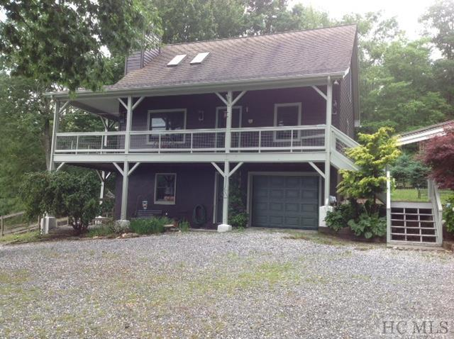 474 Flat Creek Drive, Glenville, NC 28736 (MLS #91341) :: Berkshire Hathaway HomeServices Meadows Mountain Realty