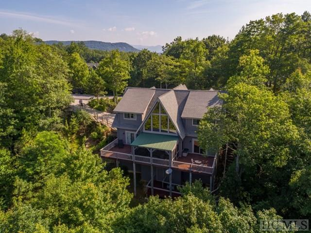 437 Toxaway Court, Lake Toxaway, NC 28747 (MLS #91413) :: Pat Allen Realty Group