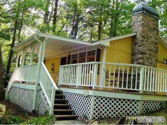 92 Hicks Road, Highlands, NC 28741 (MLS #91810) :: Berkshire Hathaway HomeServices Meadows Mountain Realty