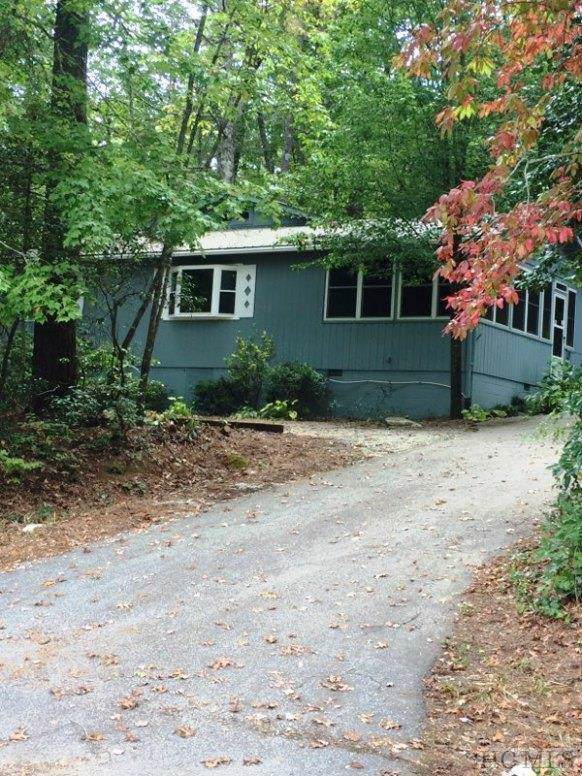 429 Bearwallow Road, Sapphire, NC 28774 (MLS #92293) :: Berkshire Hathaway HomeServices Meadows Mountain Realty