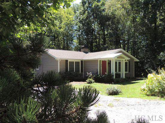 411 Wyanoak Drive, Highlands, NC 28741 (MLS #92935) :: Berkshire Hathaway HomeServices Meadows Mountain Realty