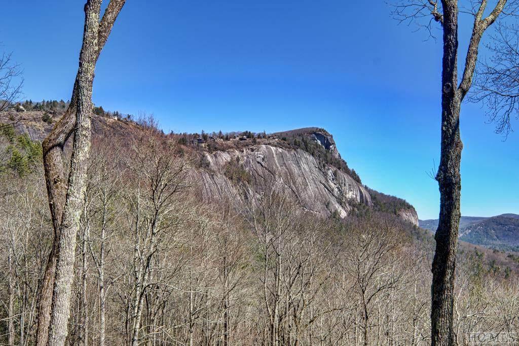 702 Lost Trail - Photo 1
