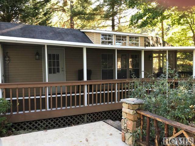 15 N Cumberland Drive, Lake Toxaway, NC 28747 (MLS #93234) :: Berkshire Hathaway HomeServices Meadows Mountain Realty