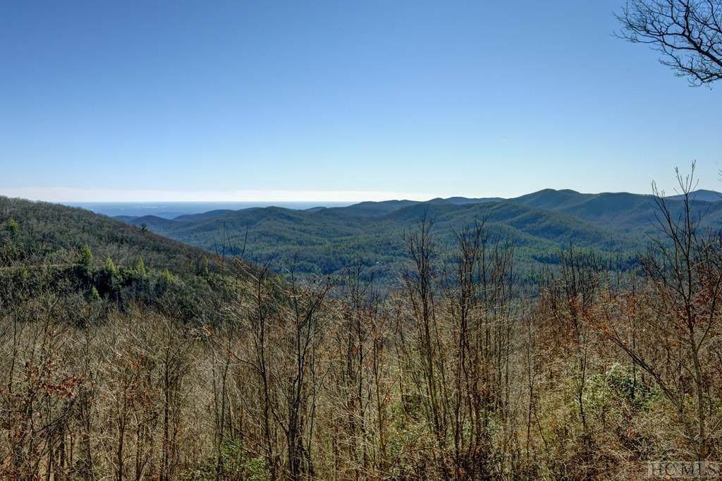 127 Foggy Ridge Road - Photo 1