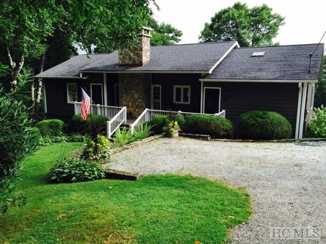 1084 Big Bear Pen Road, Highlands, NC 28741 (MLS #82439) :: Pat Allen Realty Group