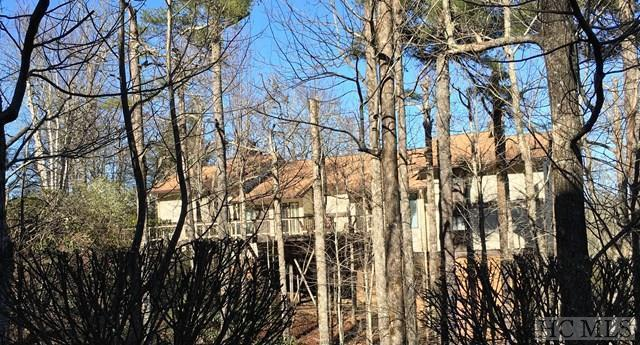 1804 Highlands Mountain Club Drive #1804, Highlands, NC 28741 (MLS #85122) :: Berkshire Hathaway HomeServices Meadows Mountain Realty