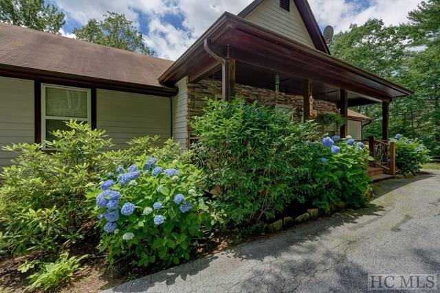 168 Heatherview Lane, Sapphire, NC 28774 (MLS #85654) :: Lake Toxaway Realty Co
