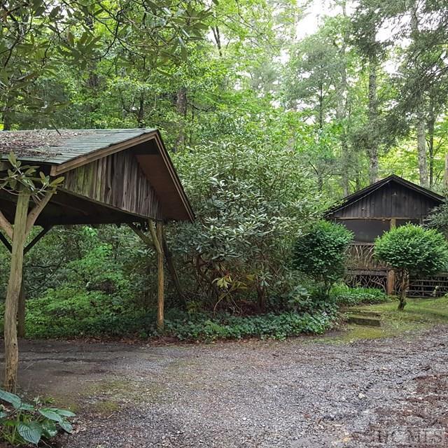 455 Cullasaja Drive, Highlands, NC 28741 (MLS #86056) :: Lake Toxaway Realty Co