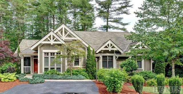 43 Village Walk #0, Highlands, NC 28741 (MLS #86314) :: Berkshire Hathaway HomeServices Meadows Mountain Realty