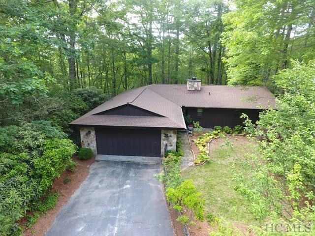 181 Azalea Woods Drive, Highlands, NC 28741 (MLS #86318) :: Berkshire Hathaway HomeServices Meadows Mountain Realty