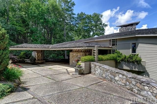 220 Mountain Ash Lane, Highlands, NC 28741 (MLS #86539) :: Landmark Realty Group