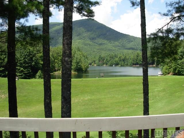 66 Racquet Club Villas Drive B, Sapphire, NC 28774 (MLS #86612) :: Landmark Realty Group