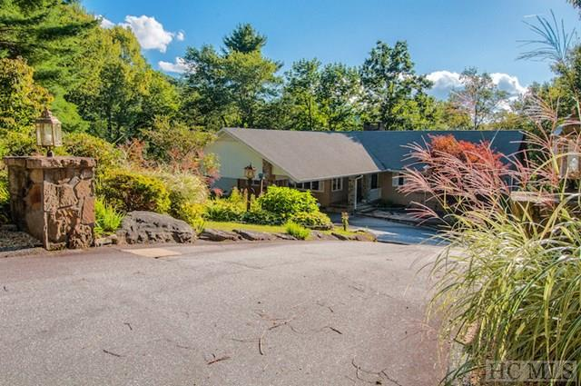 110 Spruce Lane, Highlands, NC 28741 (MLS #86895) :: Berkshire Hathaway HomeServices Meadows Mountain Realty